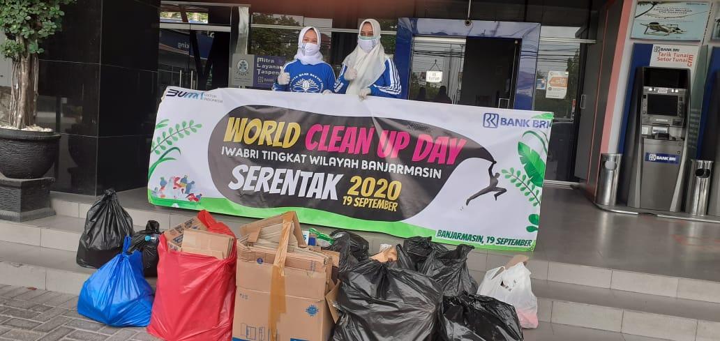 IWABRI Tingkat Wilayah Banjarmasin Turut Serta Dalam Program World Clean Up Day Indonesia 2020