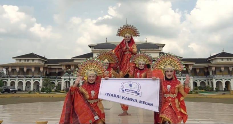 IWABRI Tingkat Wilayah Medan Turut Serta Dalam Lomba Tari Tradisional Selindo